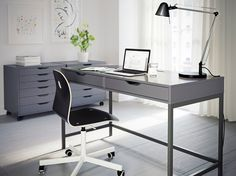 We are also dealing in proving the best Office Furniture West Palm Beach along with wide features of reliability, durability and long lasting benefits.