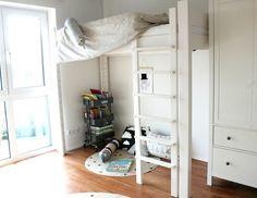 Interior, Kidsroom, Kinderzimmer, Jungszimmer, Hochbett, mitwachsendes Kinder- und Jugendbett, debe.destyle von De Breuyn via LifestyleMommy.de