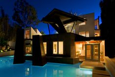 Frank Gehry's Schnabel House In Brentwood
