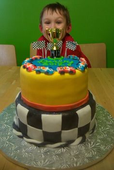 Pinewood Derby cake