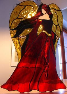 Gorgeous fiery angel in red and gold stained glass Stained Glass Angel, Stained Glass Christmas, Faux Stained Glass, Stained Glass Designs, Stained Glass Projects, Stained Glass Patterns, Stained Glass Windows, Mosaic Glass, Fused Glass
