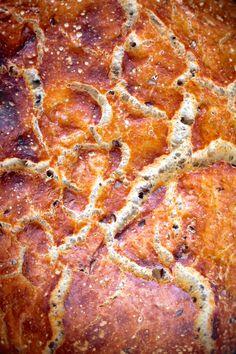 Grydebrød - verdens bedste og nemmeste brød Pepperoni, Bread Baking, Food And Drink, Anna, Pizza, Dessert, Snacks, Baking, Appetizers