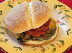 Taco Spinach Burgers with Homemade Picante Sauce These look SO good!  I can absolutely see this on our menu planning!