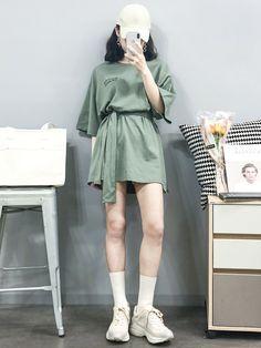 Korean Fashion – How to Dress up Korean Style – Designer Fashion Tips Korean Girl Fashion, Korean Fashion Trends, Ulzzang Fashion, Korean Street Fashion, Japanese Fashion, Asian Fashion, Tokyo Fashion, Korea Fashion, Daily Fashion
