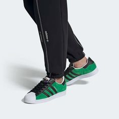 Superstar Shoes Superstars Shoes, Adidas Superstar, In This World, Adidas Sneakers, Fashion, Moda, La Mode, Fasion, Fashion Models