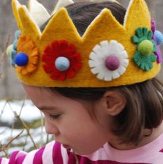 Royal Crown for Kids. Can't believe I never thought of this! This crown lasts longer than construction paper...hot glue!