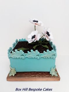 Jardiniere flower cake by Noreen@ Box Hill Bespoke Cakes