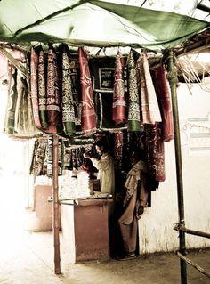man selling his wares - Thatta