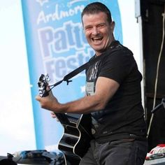 Aslan's Billy McGuinness rocks the crowd at the open air gig @ Ardmore Pattern Festival, Co. Waterford. #aslan