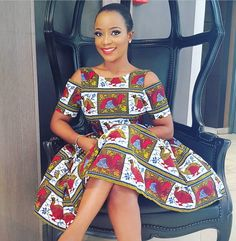 This post can show you the most recent kente designs 2019 has future for you. we have collected the best 77 styles of Latest Kente Designs For Ghanaian Wedding 2019 from African styles attires. African Party Dresses, African Dresses For Women, African Print Dresses, African Attire, African Fashion Dresses, African Wear, African Women, African Prints, African Fashion Designers