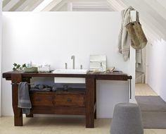 Móvel lavatório de madeira TAUL by Rexa Design design Giovanni Busetti