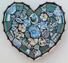 Posts about Harborough Artists Cluster written by Kelly Gardner Artist Mirror Mosaic, Mosaic Wall Art, Mosaic Diy, Mosaic Crafts, Mosaic Tiles, Tiling, Stone Mosaic, Mosaic Glass, Glass Art