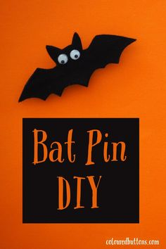 An easy DIY bat pin with wings that flap! #batpin #hallloweencrafts #halloween