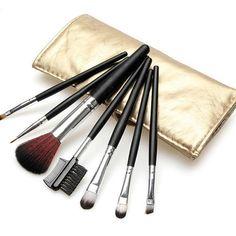 00c77ffaa2ae A(z) Smink kiegészítők-Make Up brushes nevű tábla 28 legjobb képe ...