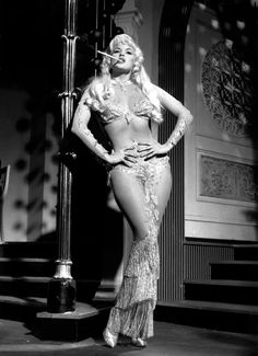 Jayne Mansfield #Hollywood #Glamour