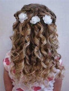 Communion hairstyles for DIY: festive hairstyles for girls - Kommunion - Girls Hairdos, Cute Little Girl Hairstyles, Flower Girl Hairstyles, Communion Hairstyles, Dance Hairstyles, Long Hairstyles, Teenage Hairstyles, Girl Haircuts, Toddler Hairstyles