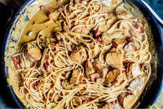 Krämig kycklingpasta   Nina Hermansen - Niiinis Kitchenlife Spaghetti, Food And Drink, Cooking, Ethnic Recipes, Corner, Recipes, God, Kitchen, Kochen