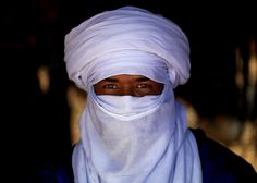 Tuareg man wearing a tagelmust, Ghadames, Libya