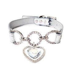 One Tail Four Paws Clear Heart Pet Collar >> More infor at the link of image : Collars for dogs Bling Dog Collars, Luxury Dog Collars, Designer Dog Collars, Cat Collars, Amazing Animals, Love Couture, Cat Harness, Gifts For Dog Owners, Dog Jewelry
