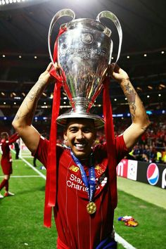 football is my aesthetic Liverpool Fc Champions League, Liverpool Players, Liverpool Football Club, Ynwa Liverpool, Liverpool Legends, Best Football Players, Soccer Players, Liverpool Fc Wallpaper, Liverpool Wallpapers