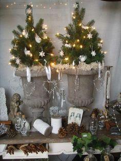 mini kerstboompjes in fransevaas Mini Christmas Tree, Natural Christmas, Country Christmas, Christmas Wishes, Winter Christmas, Christmas Home, Christmas Wreaths, Christmas Crafts, Antique Christmas