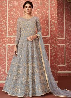 Powder Blue Butterfly Net Heavy Embroidered Wedding Wear Anarkali Suit For Women Product Details : Wow your upcoming function by drapping this powder blue color anarkali suit. Crafted of butterfly net, this floor length anarkali suit comes with satin Robe Anarkali, Costumes Anarkali, Indian Anarkali, Anarkali Suits, Designer Anarkali, Designer Gowns, Designer Kurtis, Abaya Style, Lehenga Style