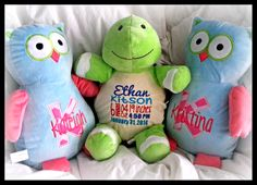 Personalized Stuffed Animals www.hiboutchoux.com Stuffed Animals, Dinosaur Stuffed Animal, Baby Room, Toys, Art, Doggies, Mom, Children, Bebe