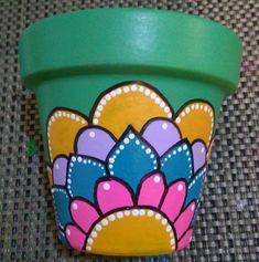 Decorated Flower Pots, Painted Flower Pots, Painted Pots, Terracotta Flower Pots, Clay Pots, Diy Painting, Ideas Artesanales, Diy And Crafts, Vase