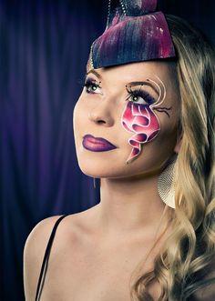 Make-up Art  https://foreverly.de/detail/make-upart