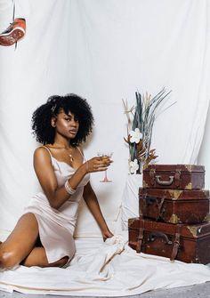 Photoshoot Concept, Photoshoot Themes, Bridal Photoshoot, Creative Photoshoot Ideas, Creative Portraits, Photography Themes, Creative Photography, Afro, Dark Skin Models
