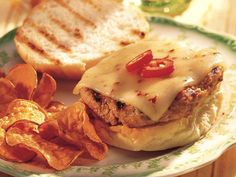Grilled Texas Turkey Burgers - 1 pound ground turkey or chicken cup barbecue sauce 1 can ounces) Old El Paso™ chopped green chiles, drained 4 slices ounce each) Monterey Jack cheese with jalapeño peppers 4 hamburger buns, split Best Turkey Burgers, Turkey Burger Recipes, Chicken Recipes, Good Burger, Burger Night, Burgers And More, Turkey Chicken, Chicken Chili, Grilling Recipes