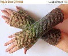 Fingerless Gloves Beige Green Brown wrist warmers