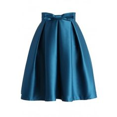 Add another taste of elegance to your wardrobe with our Sweet Your Heart pleated skirt! The majestic skirt is a real gem that offers sophisticated pleats with bow décor on the waist! The back zip closure makes this sassy skirt easy to slip on and rock fabulously throughout the streets!  - Bow decor on waist - Pleated a-line silhouette - Lined - Back zip closure - Lined - 100% Polyester - Hand wash / Dry clean  Size(cm) Length Waist XS        52    68 S         52  ...