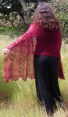Rhodion lace shawl: Knitty First Fall 2011 Free pattern