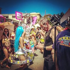 An awesome Virtual Reality pic! Did you have a chance to see our #coverage of the #freethenipple event at #Venice #Beach? We think you'll like it. ;) Link is in our bio! #free #the #nipple #womensequality #equality #360video #youtube #posted #360 #virtualreality #virtual #reality #VR #AR #future #technology #socialmovements #social #experience360 #newworlds #coverage #Importantissues #womensmovement #equalrights #wesupportyou #hidingcamera #production by experience360vr check us out…