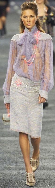 Chanel Fall 2004 v