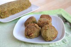 Le polpette con broccoli e quinoa sono un secondo piatto vegetariano e saporito, con lo stesso impasto ho provato a fare sia un polpettone cotto al forno,