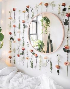 Home Decor Apartment College dorm decor inspiration ideas. Whether it's your freshman year or not these ideas for girls bedroom decorations organizing color schemes space saving minimalist cute designs pictures for you and your roommate. Inspired by College Dorm Decorations, Dorms Decor, College Dorm Rooms, College Roommate, Apartment Ideas College, Roommate Ideas, Diy Dorm Decor, Girls Apartment, College House
