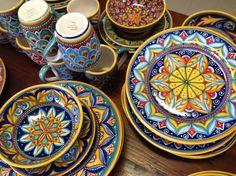 Plates #sberna #plate #ceramic #majolica #handmade #handpainted #madeinitaly #deruta #plates #pottery Talavera Pottery, Ceramic Pottery, Ceramic Art, Clay Plates, Moroccan Pattern, Italian Pottery, Ceramic Table, Dinnerware, Decorative Plates