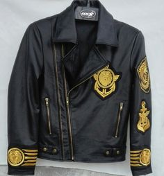 Men's+New+H&M+Embroidery+Patches+Golden+Black+Brando+Style+Leather+Jacket High+Quality+Embroidery+Patches +Cropped,+Vintage+-+Inspired+Motorcycle+/+Moto+/+Biker+Fit Polyester+Inner+Lining+. Leather Jacket Brands, Leather Jackets Online, Formal Jacket, Leather Men, Cowhide Leather, Leather Coats, Real Leather, Stylish Jackets, Brown Jacket