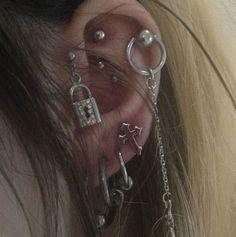 Piercing Tattoo, Body Piercing, Ear Jewelry, Cute Jewelry, Jewlery, Pretty Ear Piercings, Face Piercings, Grunge Jewelry, Bling