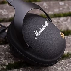 Marshall Monitor Bluetooth Headphones Review Marshall Monitor Bluetooth Headphones ReviewFor the past few weeks now we've been getting to know the Monitor Bluetooth from Marshall Headphones examining how it sounds and putting its features to the test. Is this the pair that's finally going to make you ditch those cheap earbuds and upgrade to a slightly more polished (and hopefully better-sounding) audio experience? Read on to find out.Photos: