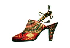 Vintage Salvatore Ferragamo Shoe    Sandal made of grass    1936      (via the Museo Salvatore Ferragamo, Firenze)