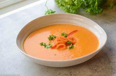 Dette er en veldig god suppe som er laget på gulrot og grillet paprika. Denne kombinasjonen er veldig god og resultatet blir en flott fargerik suppe. I denne suppen er det også en del hvitløk og ch…