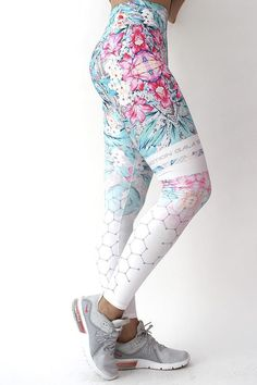 XS L  2 Farben NEU NIKE Pro 7//8 tight Leggings Dry Fit Fitness Training Gr