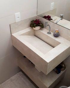 Plantas para banheiro: 36 espécies que trazem mais frescor ao ambiente Home Room Design, Kitchen Furniture Design, Bedroom Lamps Design, Bathroom Sink Design, Toilet Design, Small Bathroom Styles, Bathroom Design Luxury, Pooja Room Door Design, Bathroom Decor