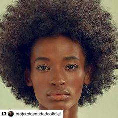 Só digo uma coisa e faz tempo: precisamos #afrobetizar esse mundo!  #agentenaoquersocomida #avidaquer @avidaquer por @samegui http://ift.tt/2eV2i3X #Repost @projetoidentidadeoficial  Ana Flávia primeira negra  a vencer o Super Model of The World - concurso da Ford Models Brasil criado há 34 anos no país.... #Repost @elisiolopesjr.  Me pergunto: por que? Ana Flávia 20 anos não tinha sequer um par de sapatos de saltomuito menos achava que poderia realizar o sonho de ser modelo. Moradora de um…