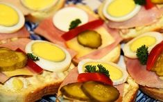 Dieta ketogenica pentru slabit - beneficii, idei de mese, efecte secundare   La Taifas Milkshake, Tuna, Sushi, Salsa, Bacon, Food And Drink, Low Carb, Ethnic Recipes, Diet
