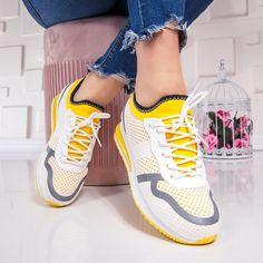 Nike Free, Sneakers Nike, Marketing, Sport, Superhero, Fashion, Nike Tennis, Moda, Deporte