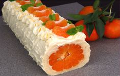 WITHOUT FLOUR! New Year's roll with mandarins Tasty Beautiful and Festive! Dessert Party, Party Desserts, Dessert Recipes, Masala Tv Recipe, Cake Roll Recipes, Cookery Books, Russian Recipes, Arabic Food, Different Cakes